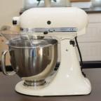 Die KitchenAid als toller Hingucker in der Küche und tolle Arbeitserleichterung.